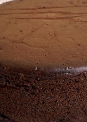 Шоколадный крем для выравнивания торта