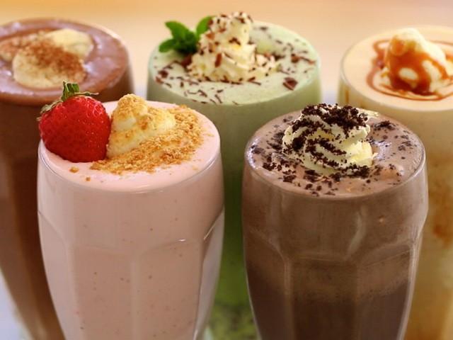 Как сделать мороженое с шоколадом: фото и рецепты мороженого, горячего шоколада и коктейля