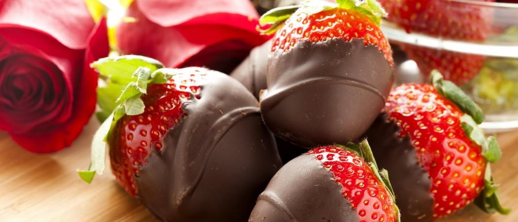 Клубника в шоколаде: пошаговые рецепты десертов