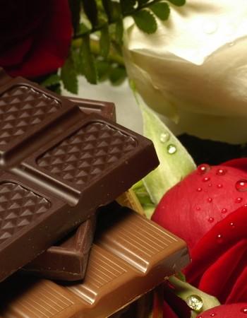 Шоколадное счастье. Что подарить сладкоежке?
