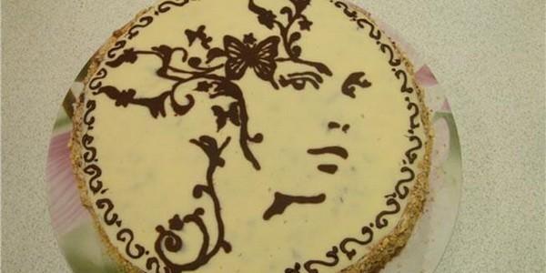 Рисуем шоколадом на тортах