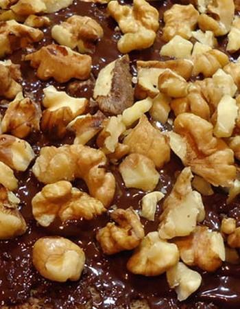 Шоколадные торты с орехами: рецепты с фото и видео