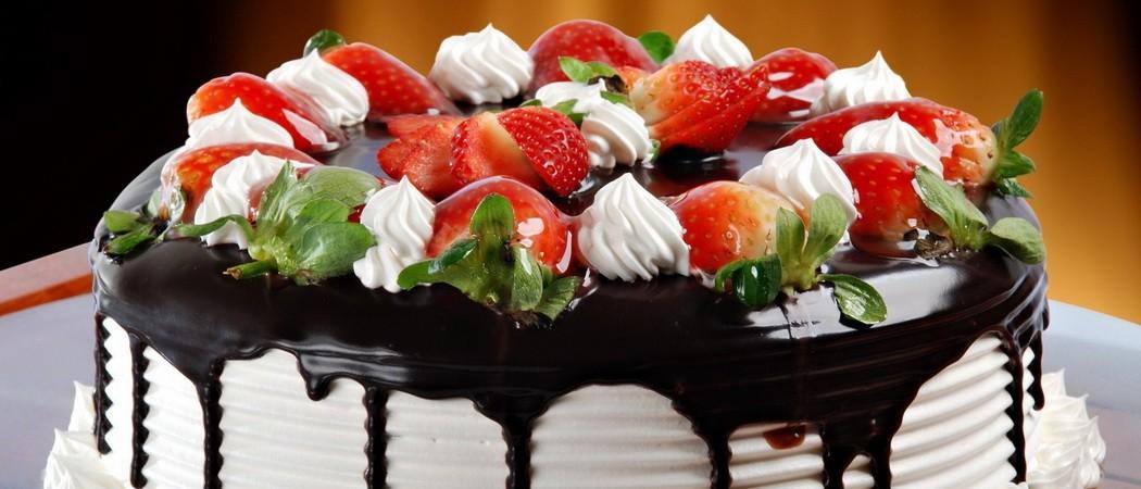 Топленый шоколад для украшения тортов и десертов