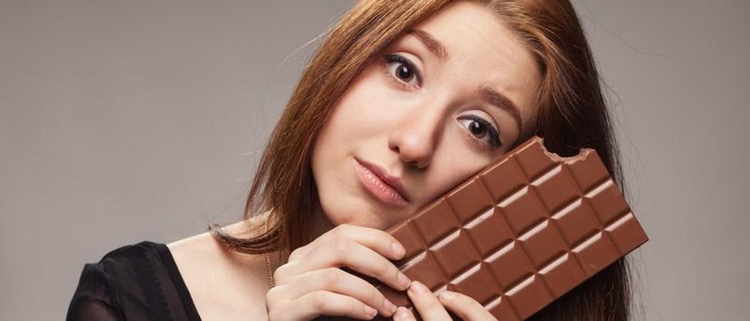 Может ли быть аллергия на шоколад, как она проявляется у детей и взрослых, и как бороться с высыпаниями