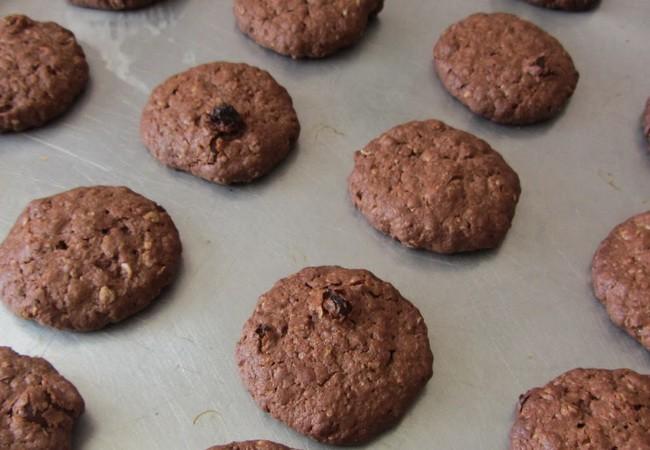 Шоколадное овсяное печенье: простые рецепты
