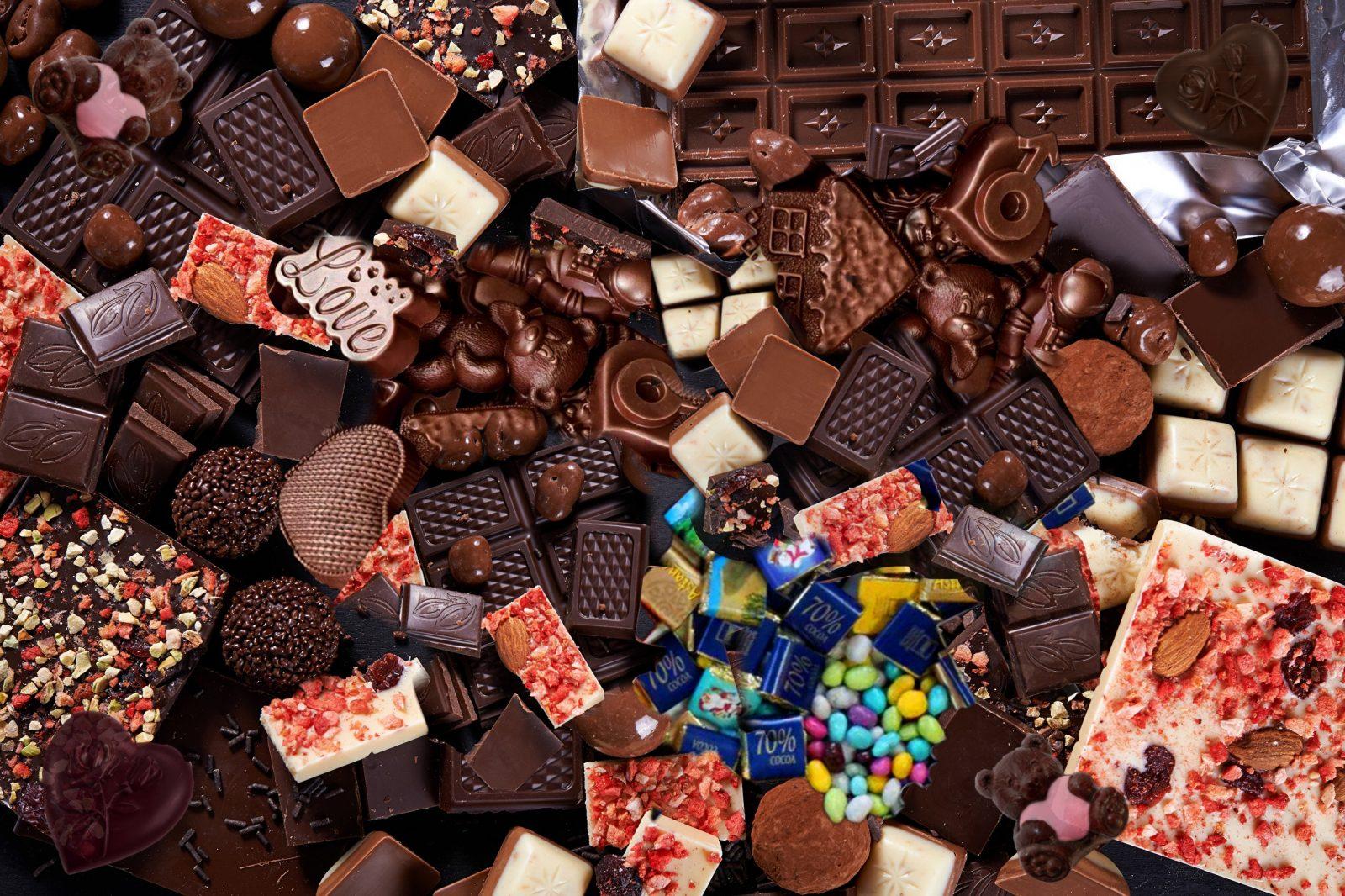 Плакат с конфетами